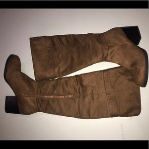 Fall Chestnut boots.